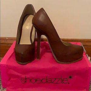 Shoedazzle Brown Beatriz Platform Heels Size 7